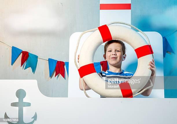 Wenig lächelnd sailor boy
