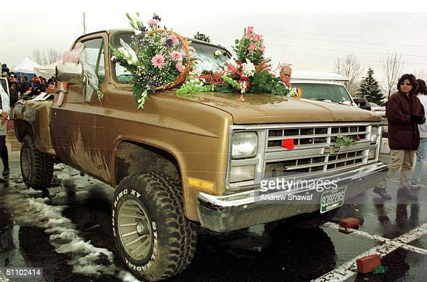 Littleton Colorado A Truck Belonging To One Of The Killed Students At Columbine High School Gets Turned Into A Shrine By Loved Ones
