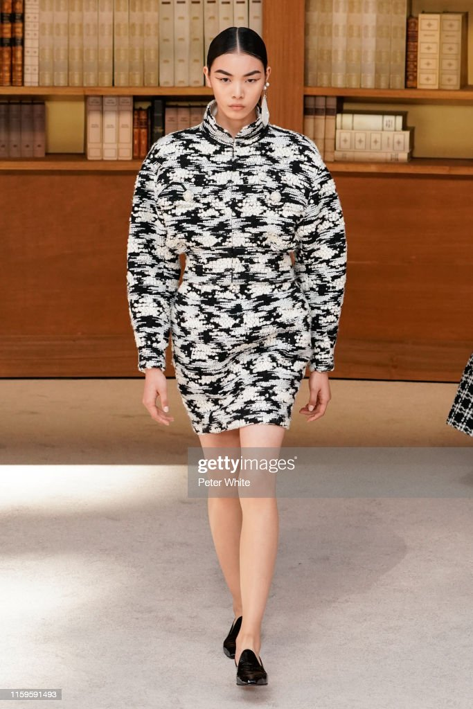 Chanel : Runway - Paris Fashion Week - Haute Couture Fall/Winter 2019/2020 : News Photo