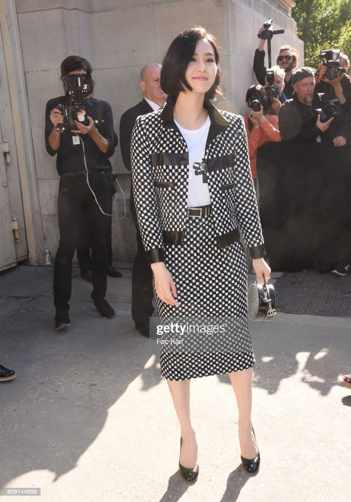 Chanel : Outside Arrivals - Paris Fashion Week - Haute Couture Fall/Winter 2017-2018