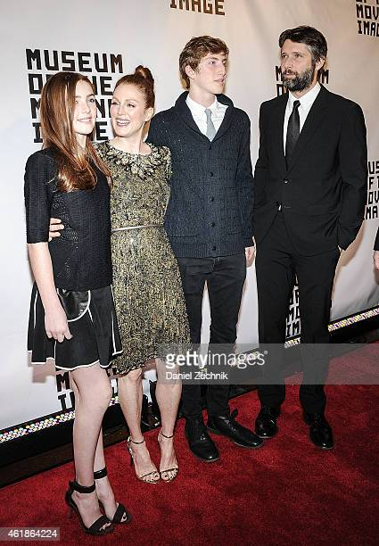 Liv Freundlich Julianne Moore Caleb Freundlich and Bart Freundlich attend Museum Of The Moving Image Honors Julianne Moore at 583 Park Avenue on...