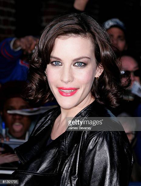 71b4e538c7bc Liv Tyler visits the  Late Show With David Letterman  at Ed Sullivan  Theatre on