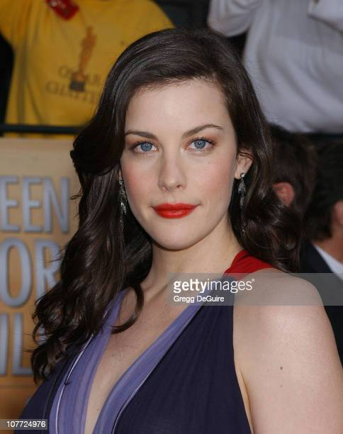 Liv Tyler wearing Neil Lane jewels during 10th Annual Screen Actors Guild Awards Arrivals at Shrine Auditorium in Los Angeles California United States