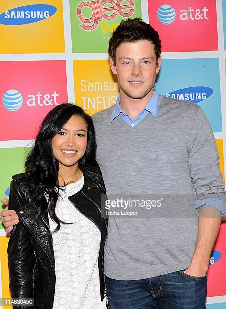 Live castmembers Naya Rivera and Cory Monteith greet fans during the Samsung Infuse 4G for ATT event at Stevens Creek AT T Store on May 24 2011 in...