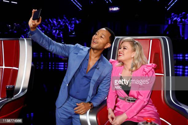 THE VOICE Live Cross Battles Episode 1612A Pictured John Legend Kelly Clarkson