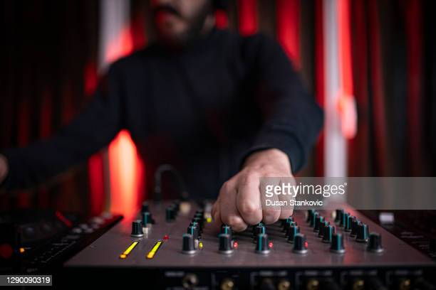 live dj set at home - electronic music stock pictures, royalty-free photos & images