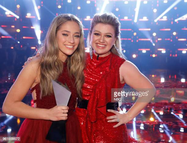 THE VOICE Live Finale Episode 1419B Pictured Brynn Cartelli Kelly Clarkson