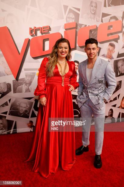 """Live Finale Performances"""" Episode 2014A -- Pictured: Kelly Clarkson, Nick Jonas --"""