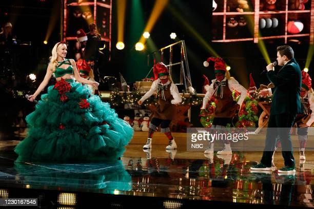 "Live Finale Results"" Episode 1914B -- Pictured: Gwen Stefani, Carter Rubin --"