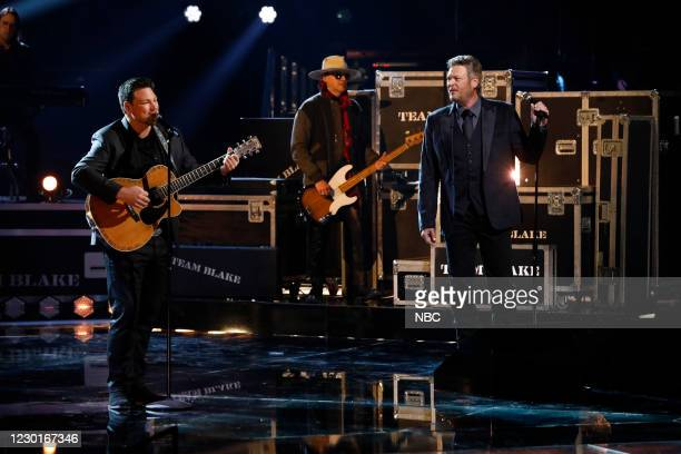 """Live Finale Results"""" Episode 1914B -- Pictured: Ian Flannigan, Blake Shelton --"""