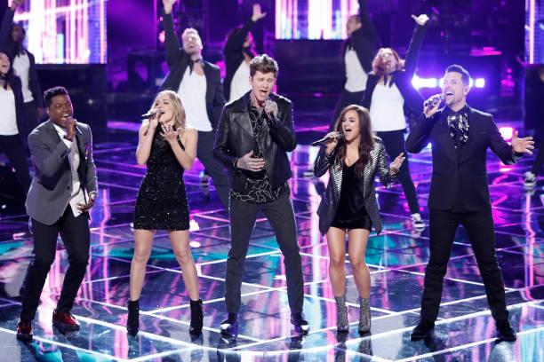 """Live Semi Finals"""" Episode 1320B -- Pictured: Matthew Schuler, Mary Sarah, Matt McAndrew, Alisan Porter, Chris Mann --"""