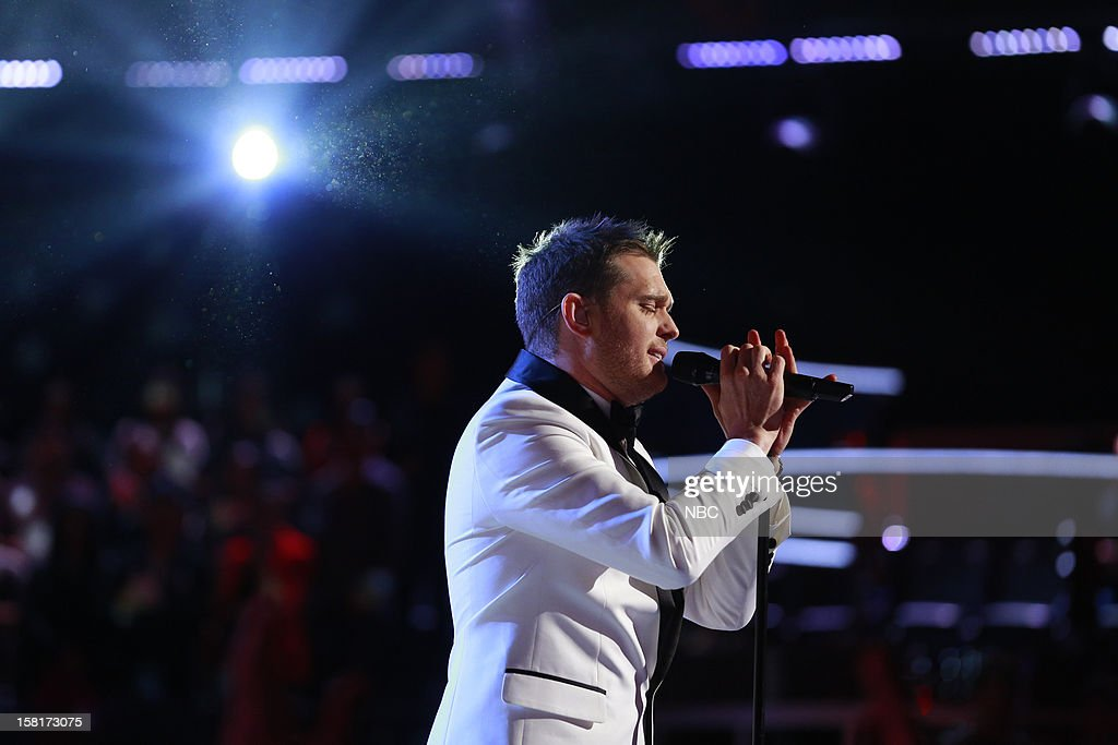 THE VOICE -- 'Live Show' Episode 322A -- Pictured: Michael Buble --