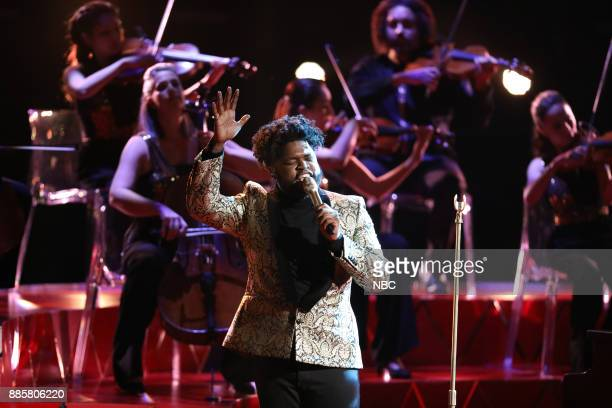 THE VOICE 'Live Top 10' Episode 1319A Pictured Davon Fleming