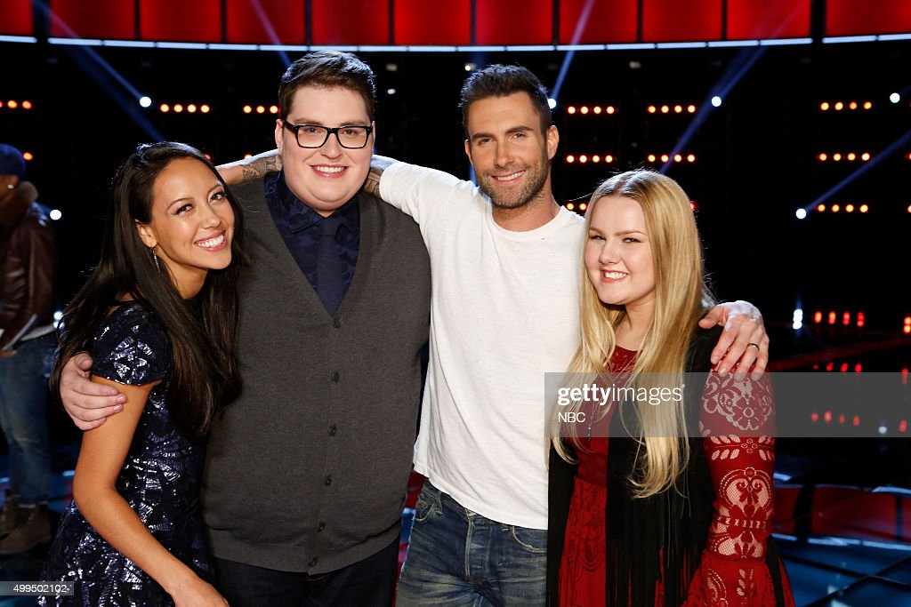 THE VOICE -- 'Live Top 10' Episode 916B -- Pictured: (l-r) Amy Vachal, Jordan Smith, Adam Levine, Shelby Brown --