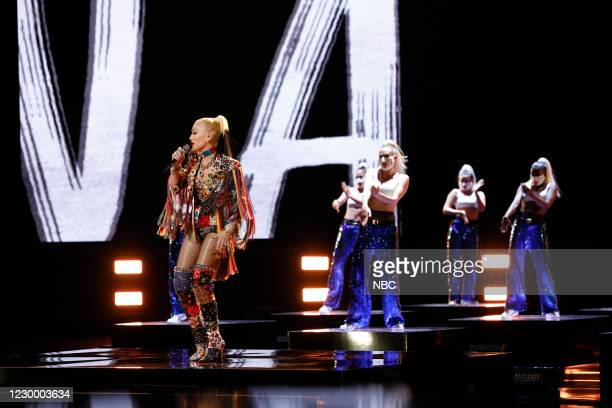 "Live Top 9 Performances"" Episode 1913A -- Pictured: Gwen Stefani --"