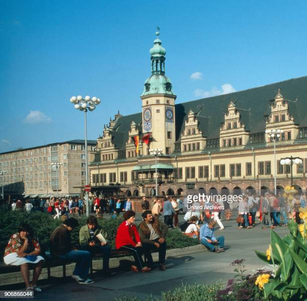 Lively ambience in front of the old town hall in Leipzig Leipzig DDR 1980s