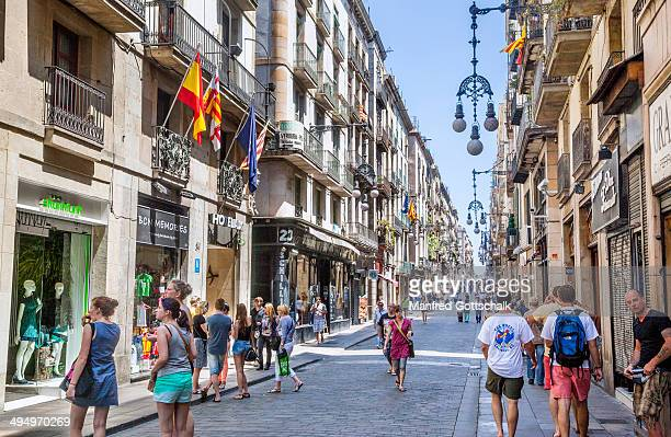 Lively Carrer de Ferran Barcelona