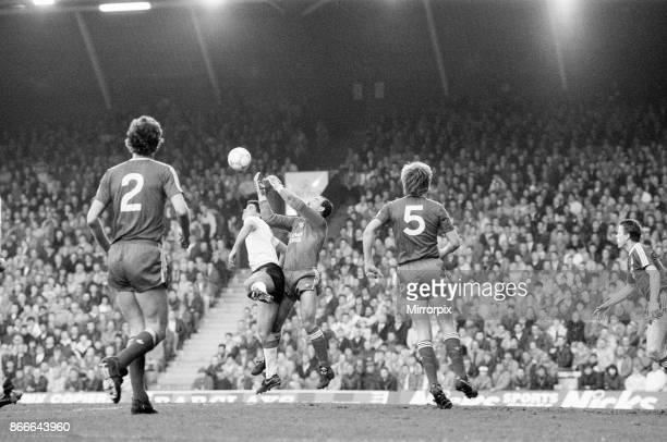 Liverpool 50 Nottingham Forest league match at Anfield Wednesday 13th April 1988 Gary Gillespie No2 Bruce Grobbelaar Nigel Spackman No5