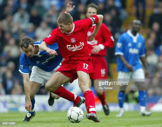 Liverpool captain Steven Gerrard uses his elbow to rid himself of Stephen Clemence during the FA Barclaycard Premiership match between Birmingham...