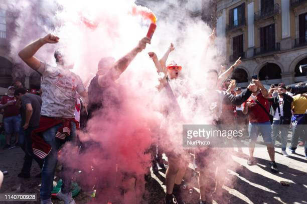 Liverpool fans are celebrating ahead of the clash against FCB in Plaza Real 2019 May 01 Barcelona