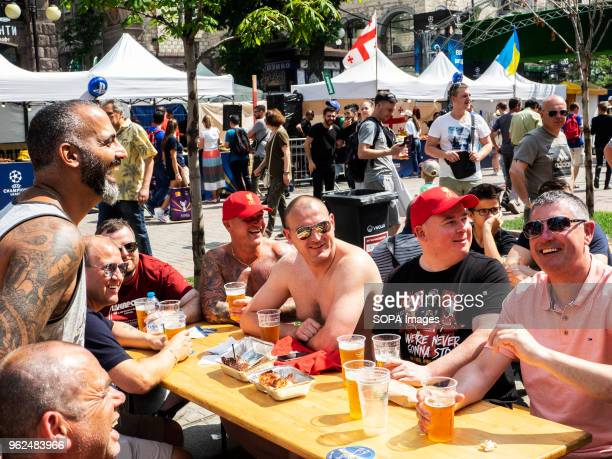Liverpool fans seen drinking beer on Khreshchatyk Street On Saturday May 26 Kiev will host the finals of the largest and most prestigious European...
