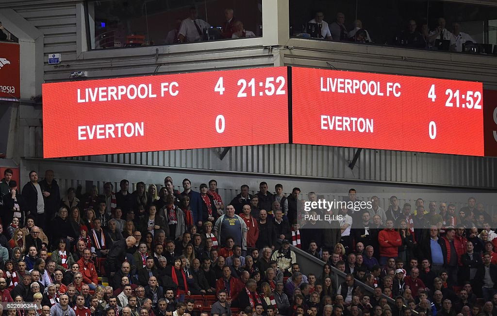 FBL-ENG-PR-LIVERPOOL-EVERTON : News Photo