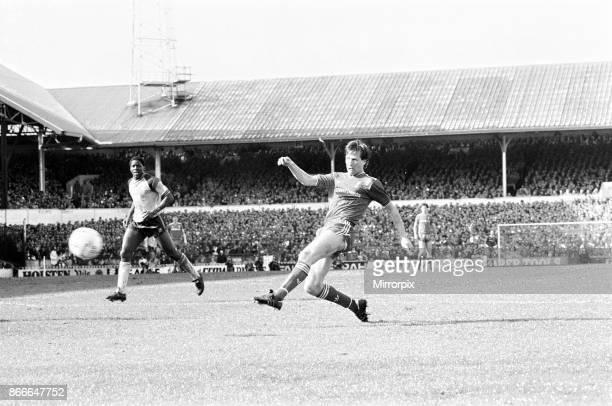 Liverpool FC 20 Southampton FC FA Cup Semi Final match at White Hart Lane Saturday 5th April 1986 Jim Beglin