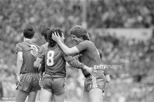 Liverpool FC 3-1 Everton FC, FA Cup Final 1986, Wembley Stadium, Saturday 10th May 1986. Match Action. Craig Johnston and Jan Molby.