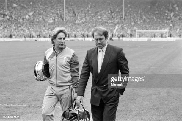 Liverpool FC 31 Everton FC FA Cup Final 1986 Wembley Stadium Saturday 10th May 1986 Post Match Scenes Roy Evans Howard Kendall