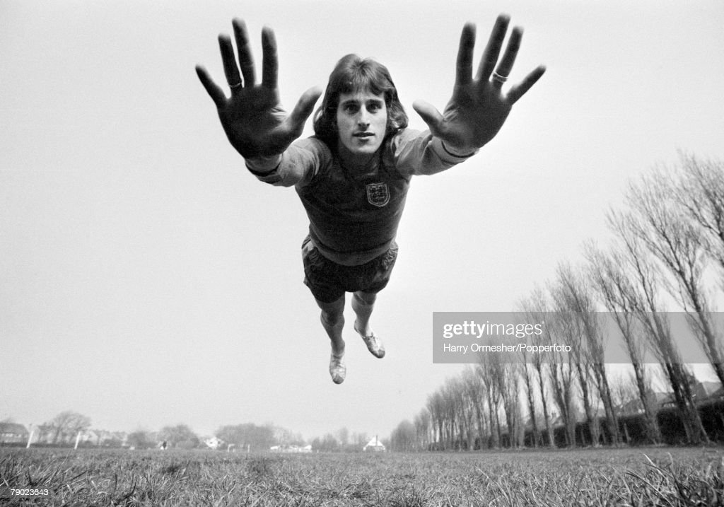 Ray Clemence - Liverpool FC Goalkeeper : News Photo
