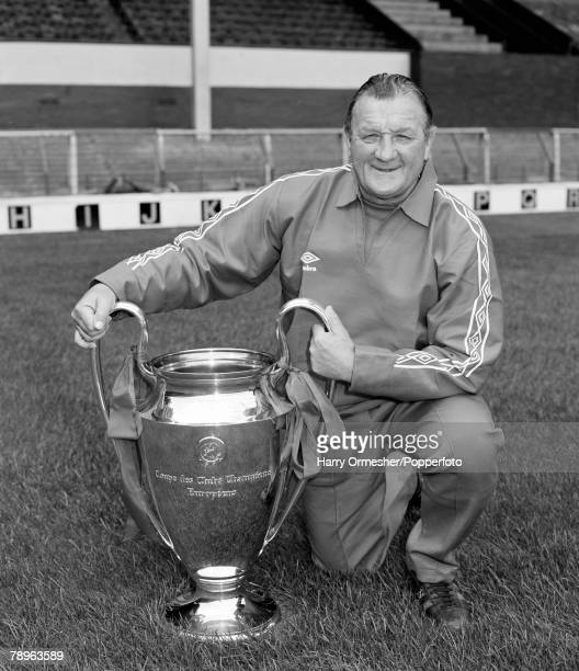 Liverpool FC manager Bob Paisley with the European Cup trophy at Anfield in Liverpool, England, circa August 1978.