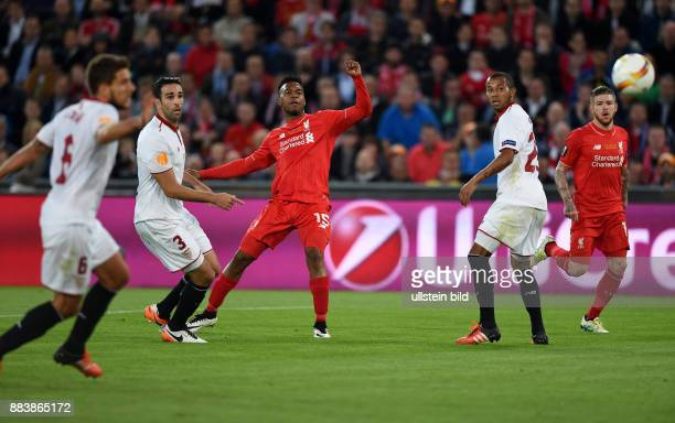 FUSSBALL UEFA FC Liverpool FC Sevilla Daniel Sturridge erzielt das Tor zum 10