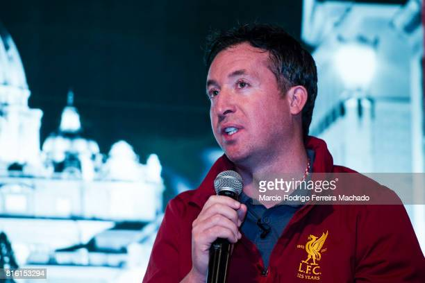 Liverpool Former Player Robbie Fowler during the Liverpool FC Supporters Club Legends Appearance at Grappa's CellarJardine House on July 17 2017 in...