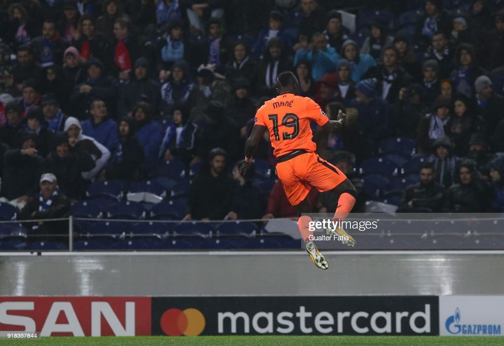 FC Porto v Liverpool FC - UEFA Champions League Round of 16 - First Leg : ニュース写真