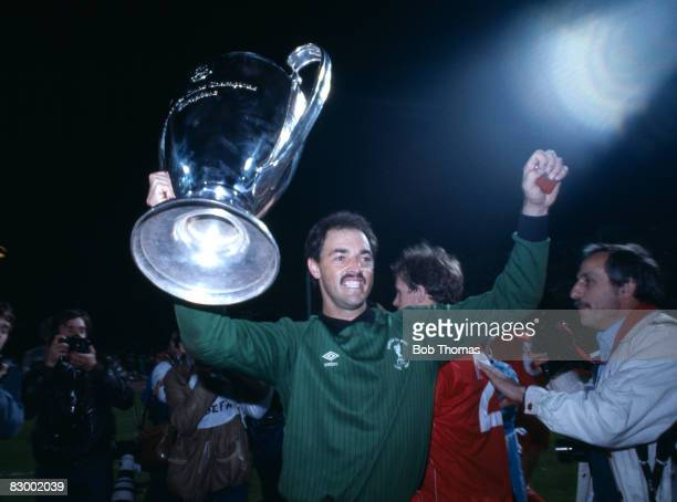 Liverpool goalkeeper Bruce Grobbelaar with the trophy after Liverpool had defeated AS Roma in the European Cup Final at the Olympic Stadium in Rome...