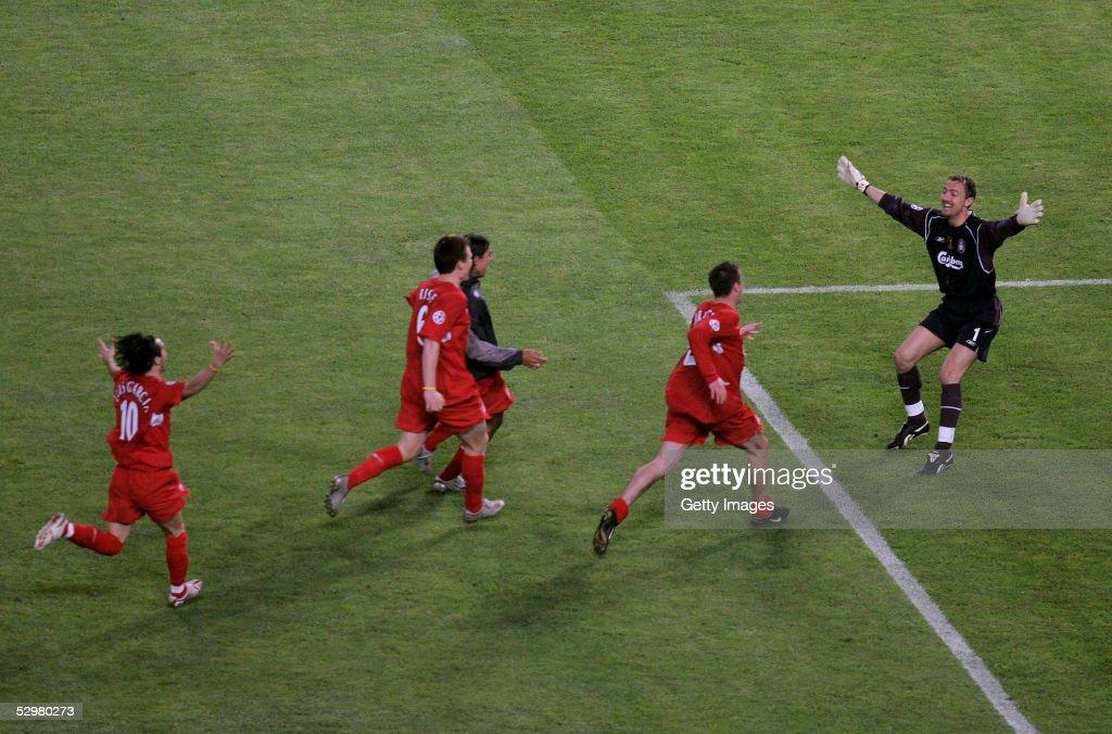 UEFA Champions League Final - AC Milan v Liverpool : Nachrichtenfoto