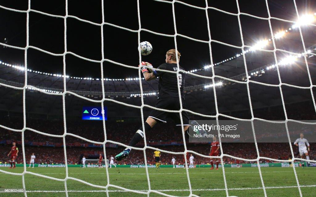 Real Madrid v Liverpool - UEFA Champions League - Final - NSK Olimpiyskiy Stadium : Fotografía de noticias