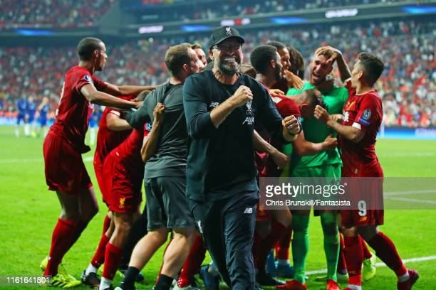 Liverpool Head Coach / Manager Jurgen Klopp celebrates with his players at the end of the UEFA Super Cup match between Liverpool and Chelsea at...
