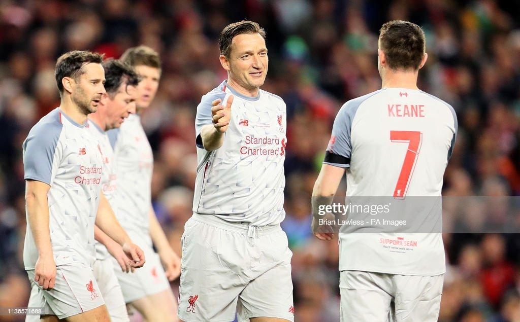 Republic of Ireland XI v Liverpool Legends - Sean Cox Fundraising Match - Aviva Stadum : News Photo