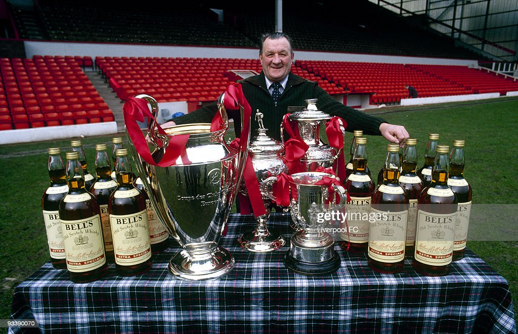 Liverpool Manager Bob Paisley With All His Honours : ニュース写真