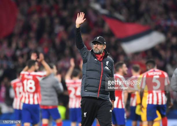Liverpool manager Jurgen Klopp gestures after the UEFA Champions League round of 16 first leg match between Atletico Madrid and Liverpool FC at Wanda...