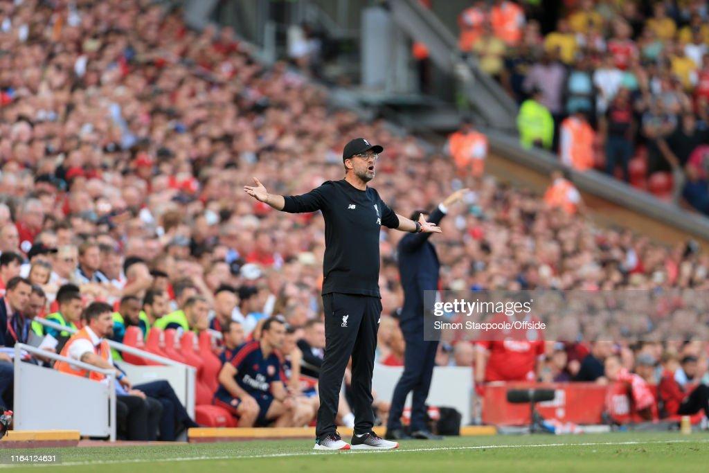 Liverpool v Arsenal - Premier League : Fotografia de notícias