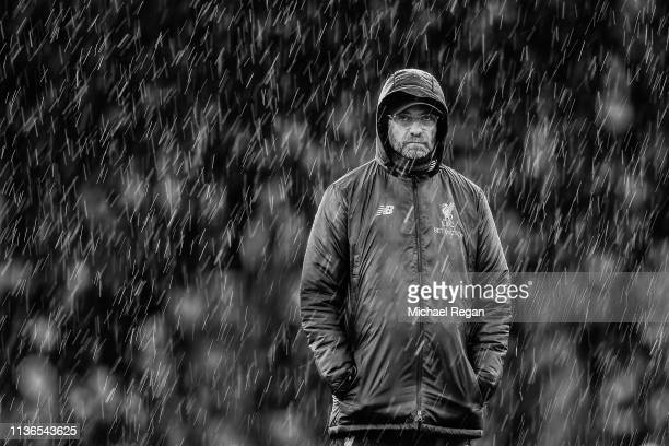 Liverpool manager Jurgen Klopp looks on during the Premier League match between Fulham FC and Liverpool FC at Craven Cottage on March 17 2019 in...