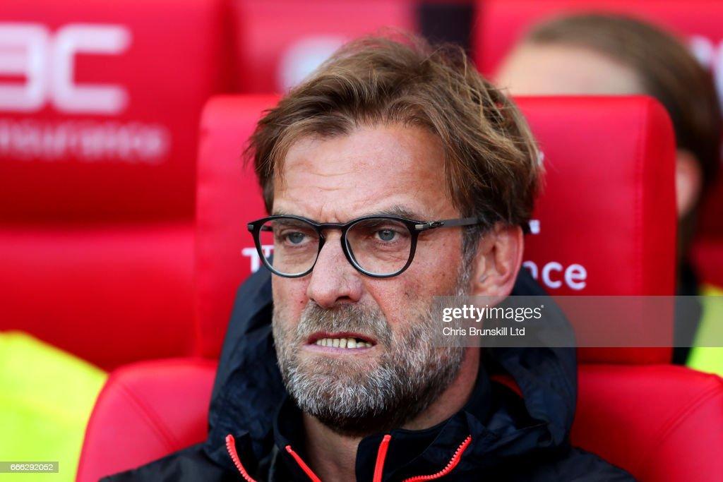 Stoke City v Liverpool - Premier League : ニュース写真