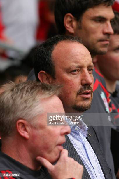 Liverpool manager Rafael Benitez alongside assistant Sammy lee and first team coach Mauricio Pellegrino