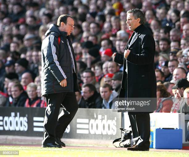 Liverpool manager Rafael Benitez and Chelsea manager Jose Mourinho