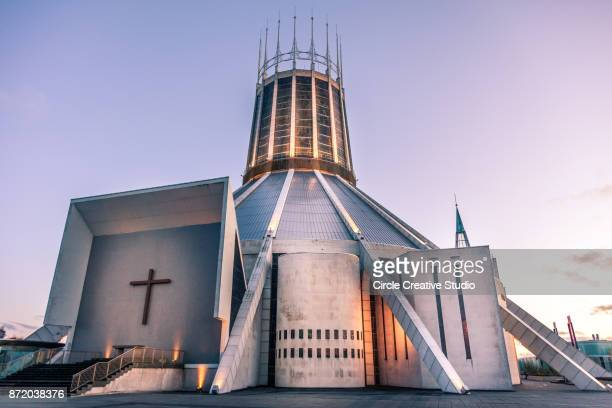 """Roman Catholic Cathedral of Christ the King Liverpool 6/"""" x 4/"""" Postcard"""