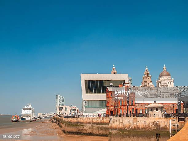 Liverpool, Pier Head and Port