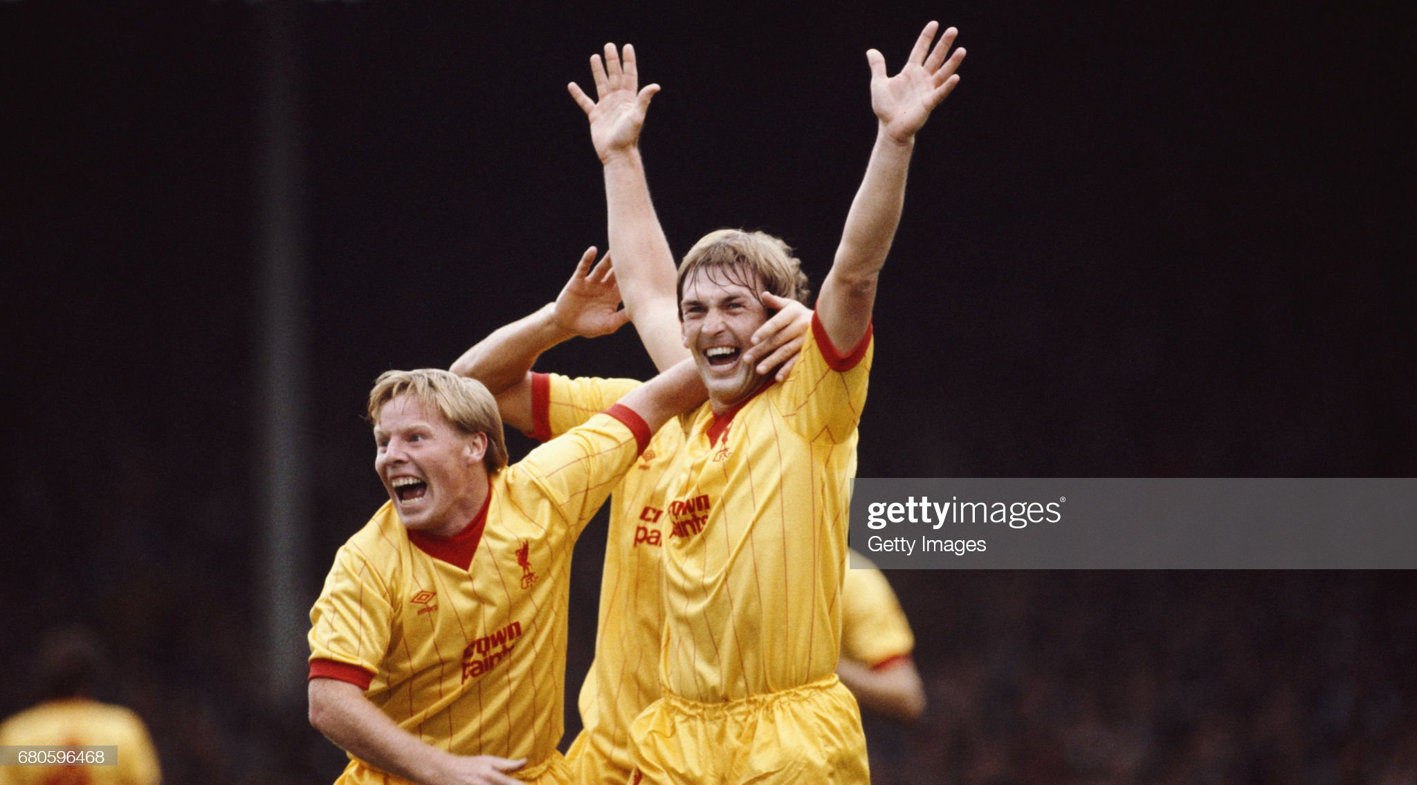 https://media.gettyimages.com/photos/liverpool-player-sammy-lee-congratulates-kenny-dalglish-after-had-picture-id680596468?s=2048x2048