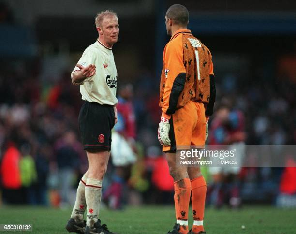 Liverpool players Mark Wright and David James have a discussion